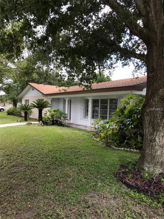 700 Avenue N SE, Winter Haven, FL 33880 (MLS #P4902052) :: Premium Properties Real Estate Services