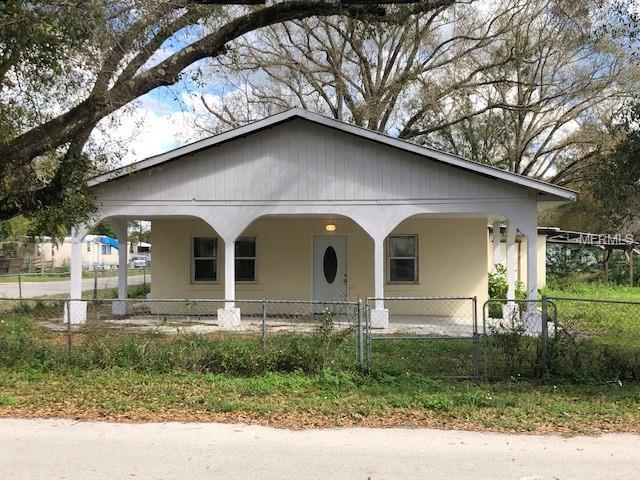1104 S Terry Avenue, Lakeland, FL 33815 (MLS #P4904806) :: Gate Arty & the Group - Keller Williams Realty