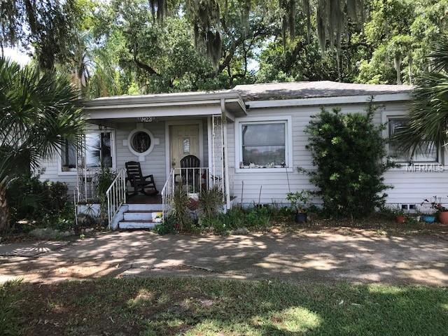 1422 W Lake Parker Drive, Lakeland, FL 33805 (MLS #P4906109) :: Cartwright Realty