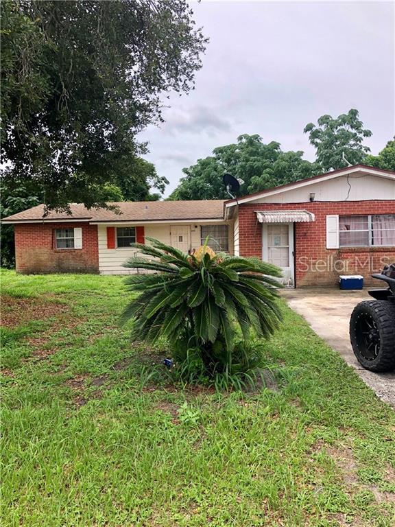 225 Lake Villa Way, Haines City, FL 33844 (MLS #P4906460) :: Gate Arty & the Group - Keller Williams Realty