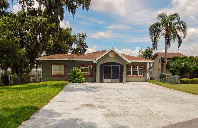 495 S Terrace Drive, Eagle Lake, FL 33839 (MLS #P4907787) :: Griffin Group