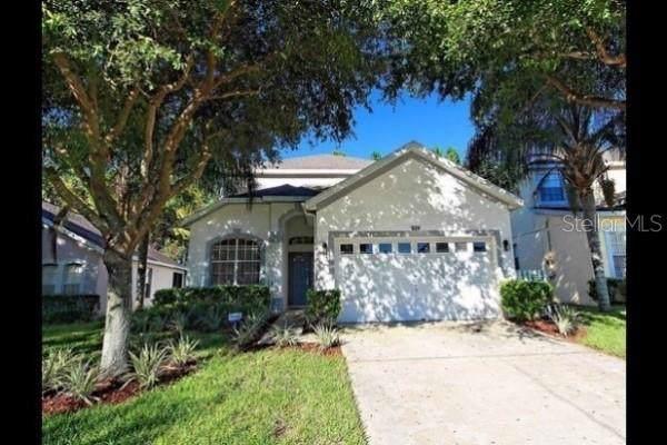 624 Oxford Drive, Davenport, FL 33897 (MLS #P4908172) :: Bustamante Real Estate