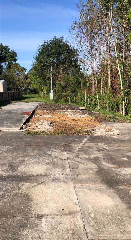 233 Twin Lakes Circle, Lakeland, FL 33815 (MLS #P4908545) :: Gate Arty & the Group - Keller Williams Realty Smart