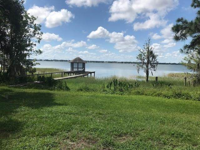 1950 Lake Ariana Boulevard, Auburndale, FL 33823 (MLS #P4910632) :: The Duncan Duo Team
