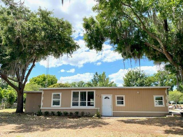 515 W Lake Deer Drive, Winter Haven, FL 33880 (MLS #P4915196) :: Griffin Group