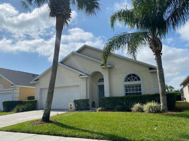 16700 Rolling Green Drive, Clermont, FL 34714 (MLS #P4915254) :: Bustamante Real Estate