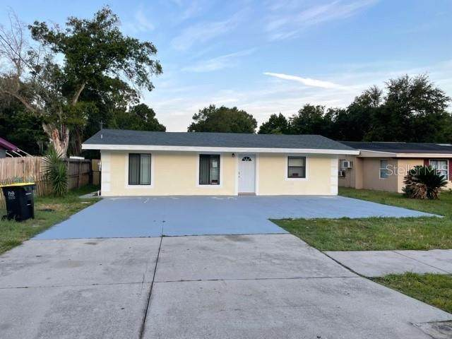1117 28TH Street NW, Winter Haven, FL 33881 (MLS #P4917140) :: The Curlings Group