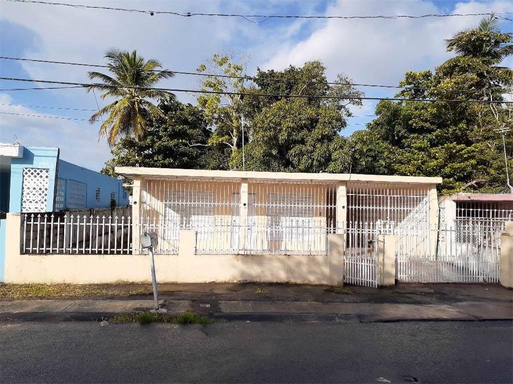 20 St. San Isidro - Photo 1