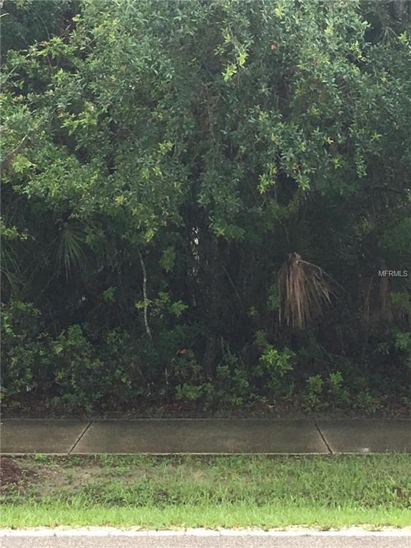 17905 Toledo Blade Boulevard, Port Charlotte, FL 33948 (MLS #R4900271) :: Godwin Realty Group