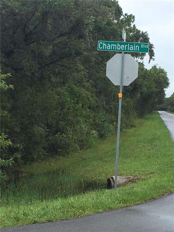 13444 Chamberlain Boulevard, Port Charlotte, FL 33953 (MLS #R4900272) :: Griffin Group