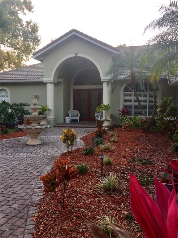 8058 Desoto Woods Drive, Sarasota, FL 34243 (MLS #R4901523) :: Remax Alliance