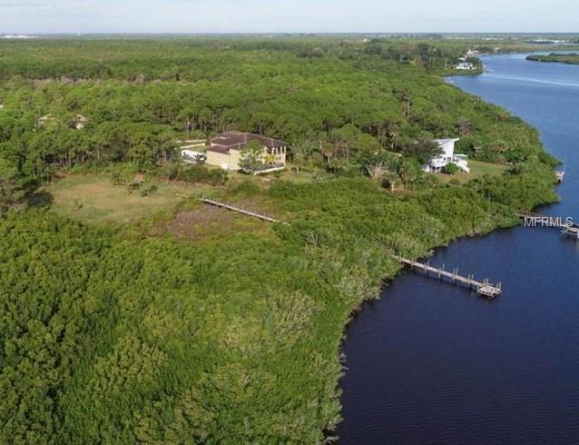Riverfront Drive, Venice, FL 34293 (MLS #R4901746) :: The Duncan Duo Team