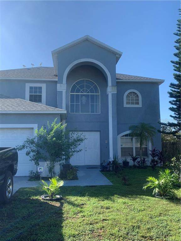 318 Alegriano Court, Kissimmee, FL 34758 (MLS #R4902505) :: Premium Properties Real Estate Services