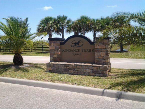 13169 NE 97TH Circle, Okeechobee, FL 34972 (MLS #R4902596) :: Lockhart & Walseth Team, Realtors