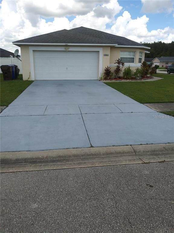 2443 Oak Mill Drive, Kissimmee, FL 34744 (MLS #R4903718) :: Frankenstein Home Team