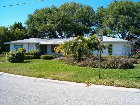 10304 Sandpiper Road W, Bradenton, FL 34209 (MLS #R4905107) :: The Robertson Real Estate Group