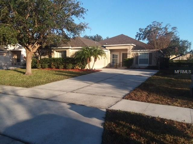 2252 Meadow Oak Circle, Kissimmee, FL 34746 (MLS #S4856183) :: RE/MAX Realtec Group