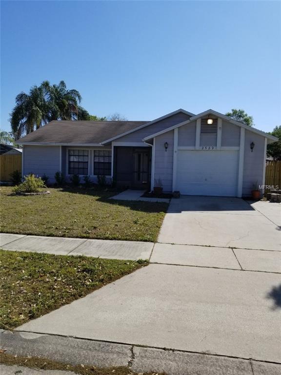 2529 Oak Hollow Drive, Kissimmee, FL 34744 (MLS #S4858825) :: Arruda Family Real Estate Team