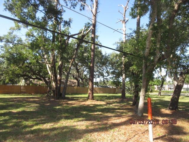 302 Mandalay Road, Edgewood, FL 32809 (MLS #S5001144) :: The Duncan Duo Team