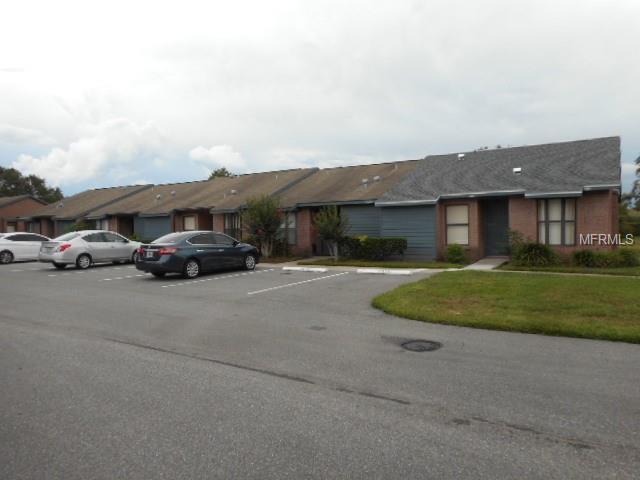 2831 Shannon Oak Court, Saint Cloud, FL 34769 (MLS #S5001714) :: The Duncan Duo Team