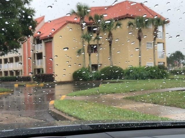 6324 Parc Corniche Drive #1114, Orlando, FL 32821 (MLS #S5001738) :: The Duncan Duo Team
