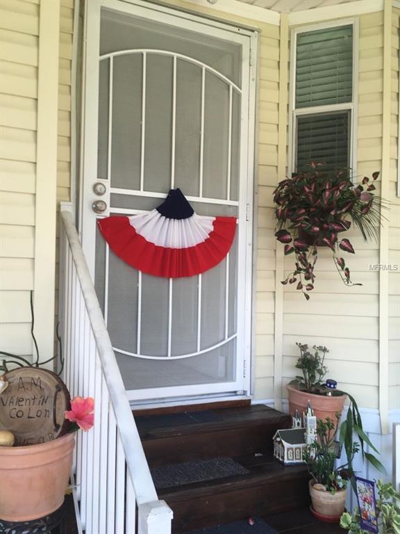 2612 Salina Way, Kissimmee, FL 34758 (MLS #S5004534) :: Bustamante Real Estate