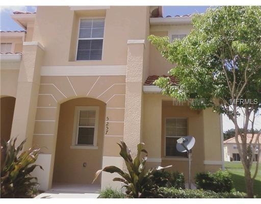 5257 Paradise Cay Circle, Kissimmee, FL 34746 (MLS #S5004847) :: NewHomePrograms.com LLC
