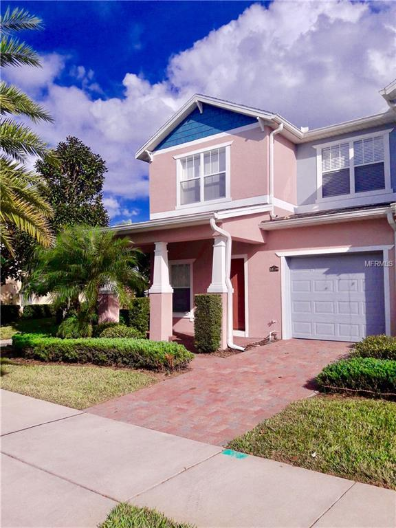 10339 Park Commons Drive, Orlando, FL 32832 (MLS #S5007193) :: The Light Team