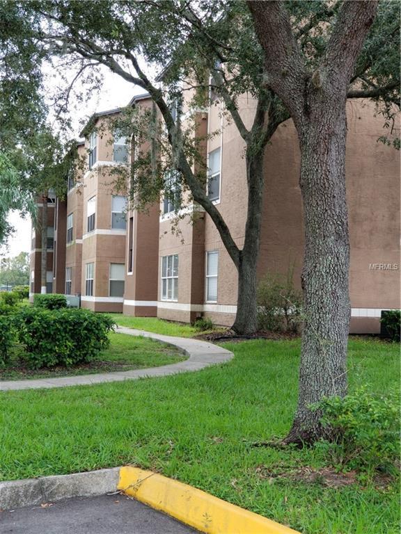 4630 Commander Drive #1012, Orlando, FL 32822 (MLS #S5007375) :: Delgado Home Team at Keller Williams