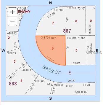 360 Bass Court, Poinciana, FL 34759 (MLS #S5008000) :: Delgado Home Team at Keller Williams