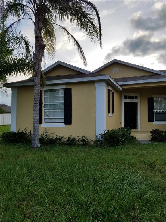 3030 Harkers Island Way, Kissimmee, FL 34746 (MLS #S5010015) :: Team Virgadamo