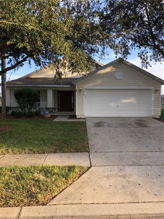 2714 Prestwick Lane, Kissimmee, FL 34744 (MLS #S5011237) :: Ideal Florida Real Estate