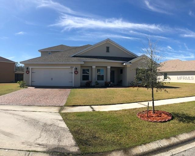 4940 Whistling Wind Avenue, Kissimmee, FL 34758 (MLS #S5013674) :: The Figueroa Team