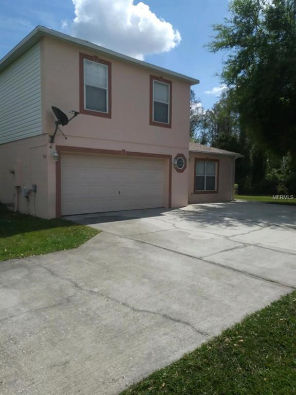 1015 Dudley Drive, Kissimmee, FL 34758 (MLS #S5015035) :: The Duncan Duo Team