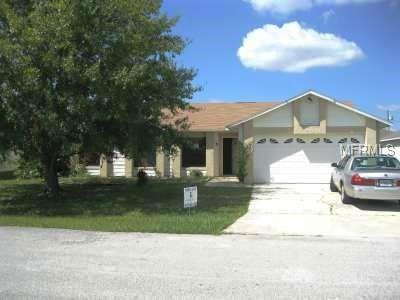 911 Gillingham Court, Kissimmee, FL 34758 (MLS #S5016879) :: Bustamante Real Estate