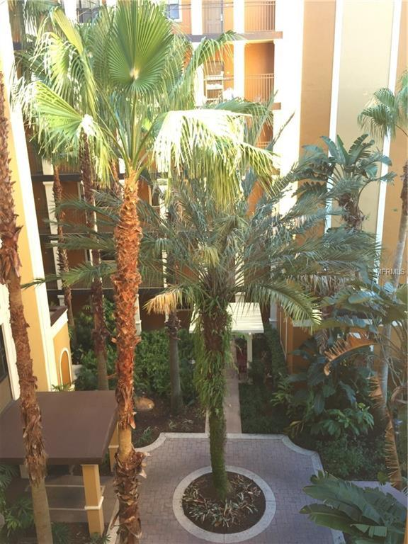 12556 Floridays Resort Drive 402-A, Orlando, FL 32821 (MLS #S5017924) :: The Duncan Duo Team
