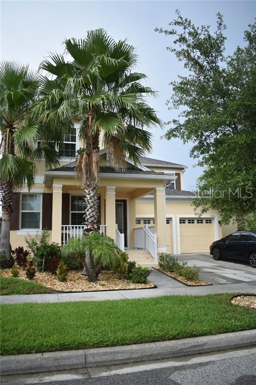 9944 Hartford Maroon Road, Orlando, FL 32827 (MLS #S5019279) :: Paolini Properties Group