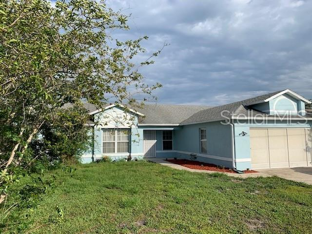 207 Chadworth Drive, Kissimmee, FL 34758 (MLS #S5019549) :: The Duncan Duo Team