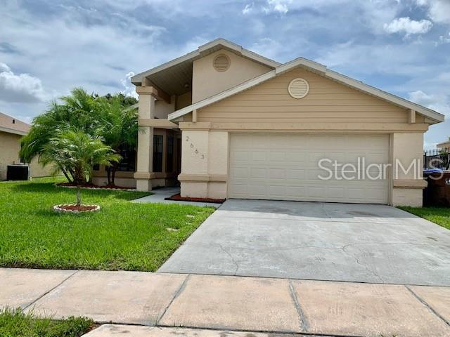 2663 Horseshoe Bay Drive, Kissimmee, FL 34741 (MLS #S5019829) :: Team 54