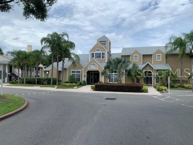 1027 S Hiawassee Road #2314, Orlando, FL 32835 (MLS #S5019905) :: Griffin Group