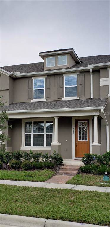 2662 Amati Drive, Kissimmee, FL 34741 (MLS #S5021608) :: Delgado Home Team at Keller Williams