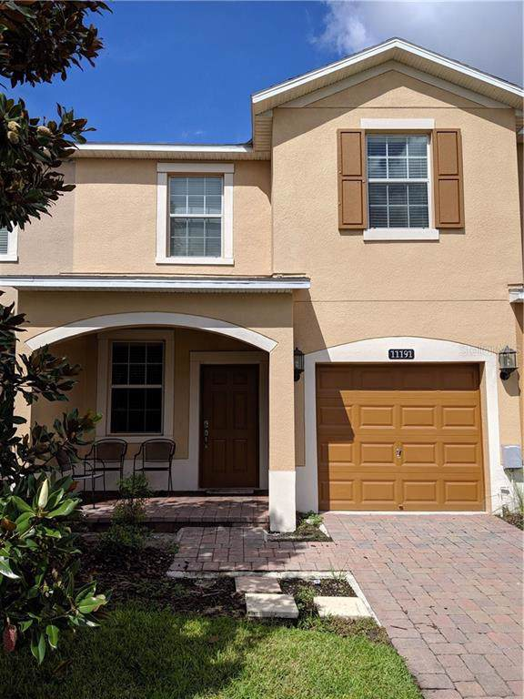11191 Savannah Landing Circle, Orlando, FL 32832 (MLS #S5021749) :: Delgado Home Team at Keller Williams