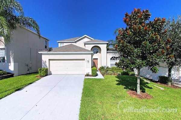 2700 Manesty Lane, Kissimmee, FL 34747 (MLS #S5021778) :: RE/MAX Realtec Group