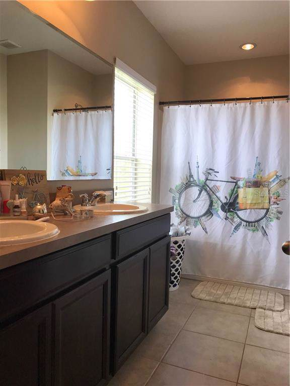 2217 Betsy Ross Lane, Saint Cloud, FL 34769 (MLS #S5022322) :: Premium Properties Real Estate Services