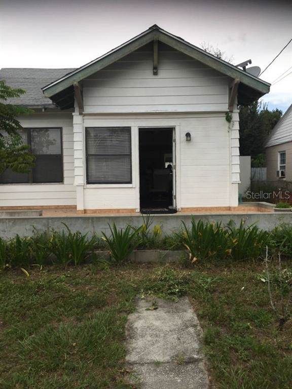 1317 Emmett Ct, Kissimmee, FL 34741 (MLS #S5023525) :: Zarghami Group