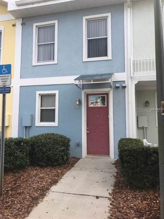 607 Elmhurst Court, Kissimmee, FL 34744 (MLS #S5027607) :: Cartwright Realty