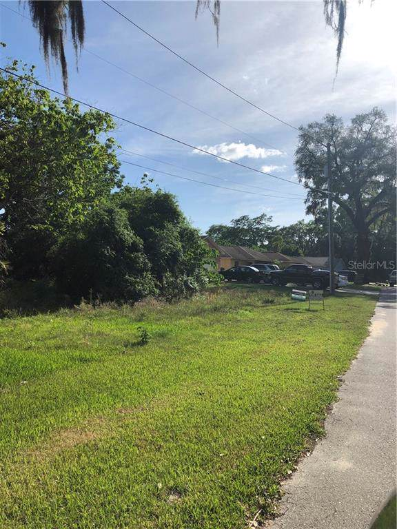 1330 S Highland Avenue, Apopka, FL 32703 (MLS #S5029252) :: Griffin Group
