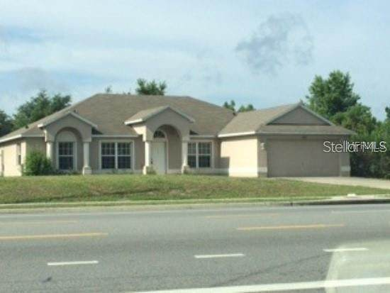 949 Fort Smith Boulevard, Deltona, FL 32738 (MLS #S5036966) :: Alpha Equity Team
