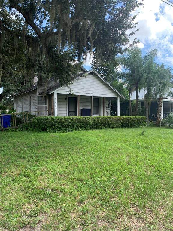 1225 Carson Avenue, Kissimmee, FL 34744 (MLS #S5040112) :: Cartwright Realty