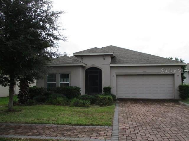 215 Lakeshore Drive, Davenport, FL 33837 (MLS #S5041563) :: Globalwide Realty